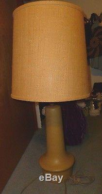 32 Large Marshall Studios Signed Martz Pottery MCM Lamp vintage with shade