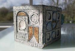 FABULOUS ORIGINAL VINTAGE CORNWALL TROIKA BOX by Holly Jackson (signed)