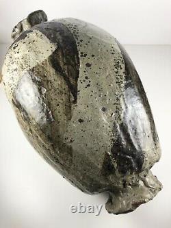 Mid Century Vintage Studio Pottery Signed Hinez Ceramic Vase / Vessel Weedpot