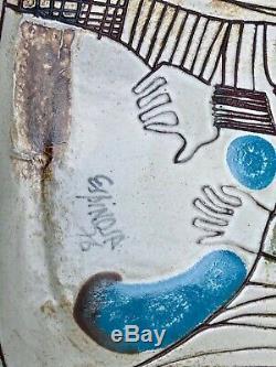 RARE VINTAGE 1976 SUSANA ESPINOSA Studio POTTERY Art PLATE Signed Must See