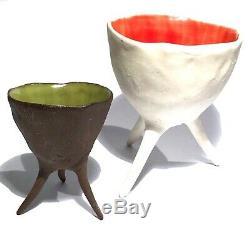 Signed Vintage Studio Art Pottery Hand Built 3 Leg Modern Sculpture Dish Vessel