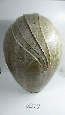 Vintage Australian Pottery Vase MID Century Studio Artist Signed To Base