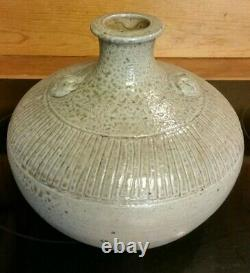 Vintage JUGTOWN WARE Studio Art Pottery Vase 7 tall 8 wide North Carolina USA