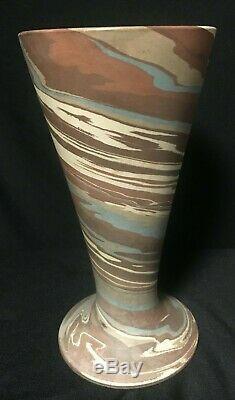 Vintage NILOAK 8.25 Tall Vase Mission Swirl Studio Art Pottery