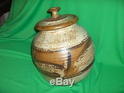 Vintage Studio Crafted Pottery Cookie Jar Sugar Canister Pasta Holder NICE