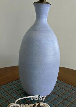 Vtg. 1950s Robert L. Morgan Sky Blue Studio Pottery Lamp, NH Mid Century Modern