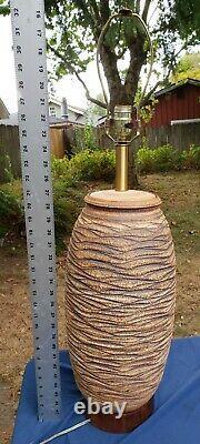 Vtg 70's Large BOB KINZIE California Studio Pottery Scalloped Table Lamp MCM